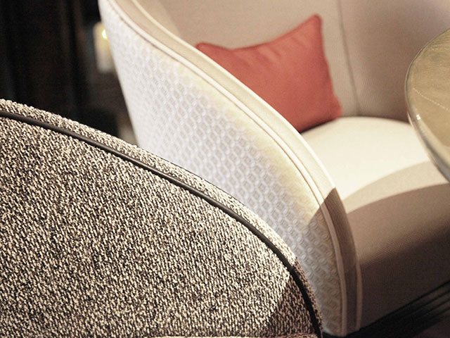 bar-le-charles-hotel-burgundy-detail-fauteuil-2