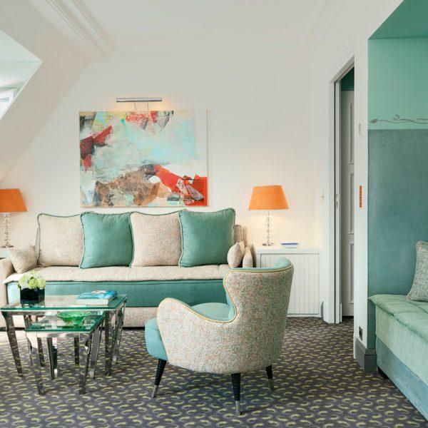 hotel-burgundy-paris-salon-suite-602.jpeg